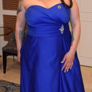 Alfred Angelo Cobalt Royal Blue 18W Gown